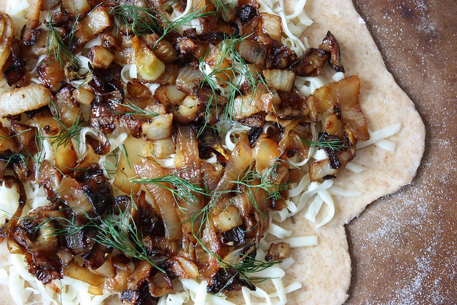 Caramelized Fennel and Onion Pizza