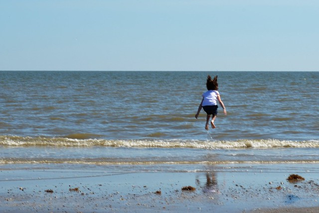 Jumpinmg Waves 8