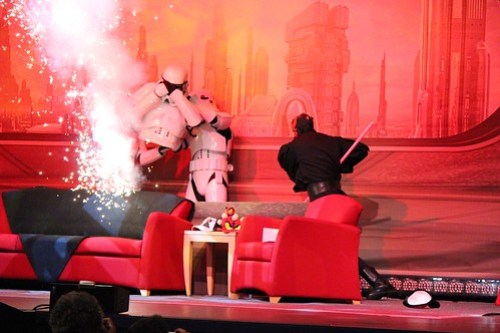 Darth Maul fights Stormtroopers