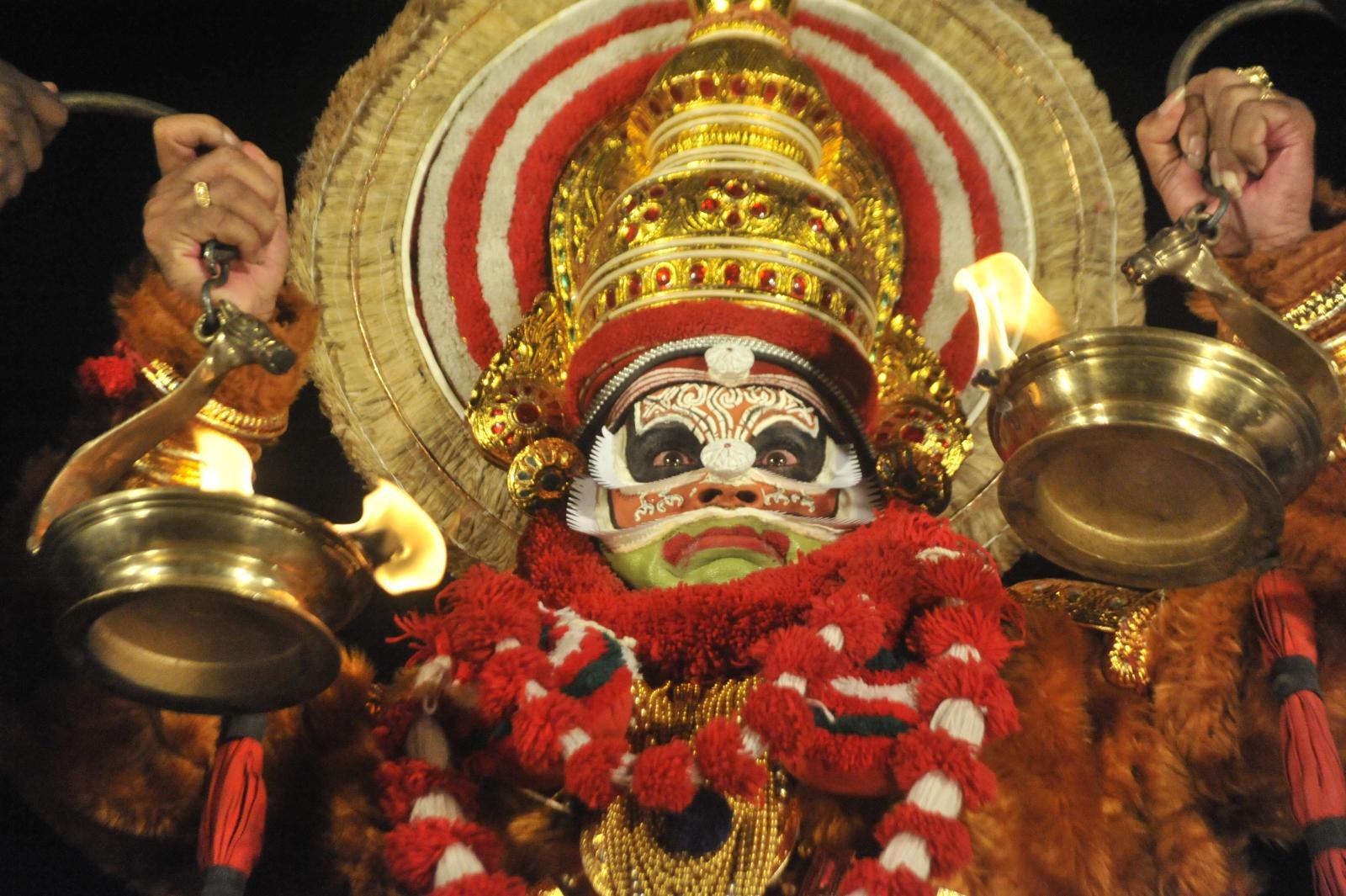 Guru Margi Madhu as Bali in Bali Vadham, Koodiyattam