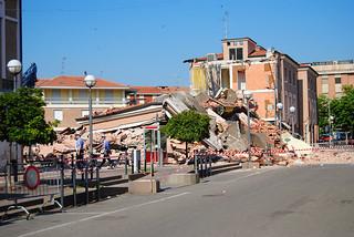 Terremoto in Emilia - Crolli a Cavezzo