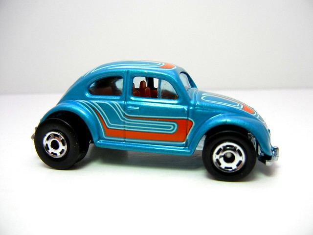 hot wheels hot ones volkswagen beetle (2)