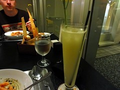 Buzz Restaurant at Alila Jakarta: Lemongrass mocktail.