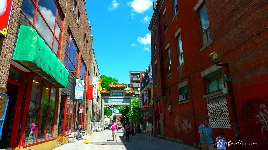 Montreal China Town Pho 00001