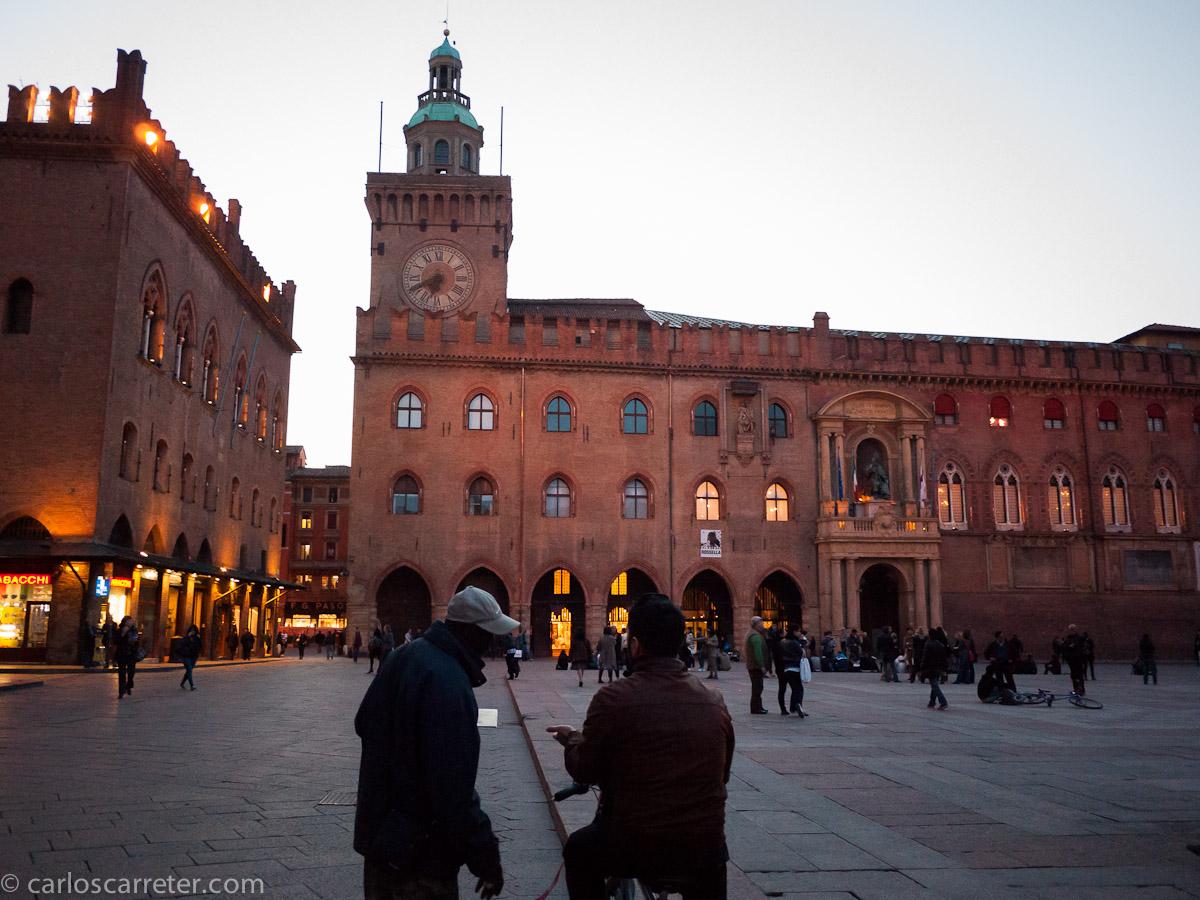 Piazza Maggiore - Palazzo Comunale