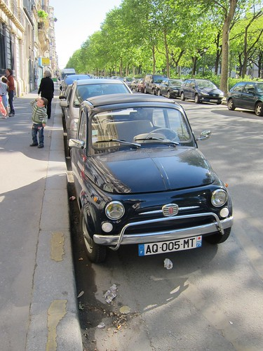 Paris to ban older cars  (6/6)
