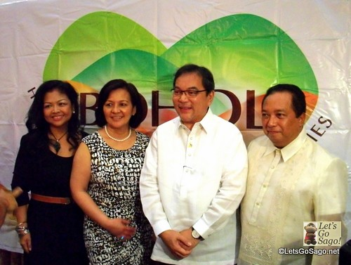 {leftmost) Ms. Amor Maclang of GeiserMaclang PR Agency