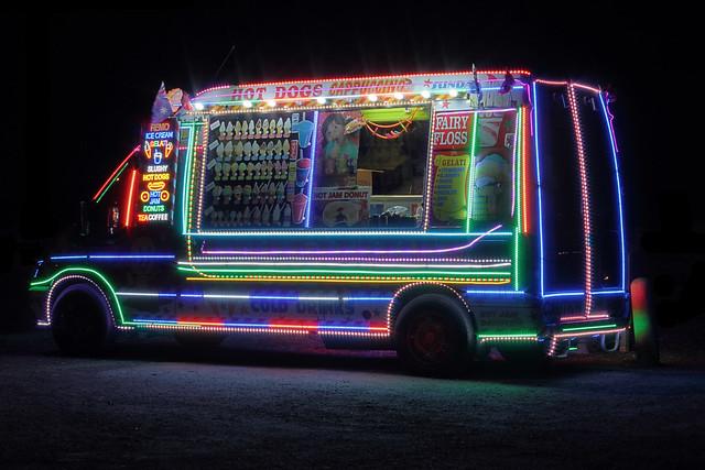 Neon food van 2012-06-17 (_MG_9557_8_9)