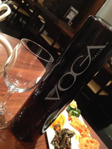 イタリアの赤ワイン「VOGA」@ホルモン在市 芝大門
