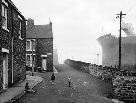 Cite y astillero Wall Tyneside 1975 Uti