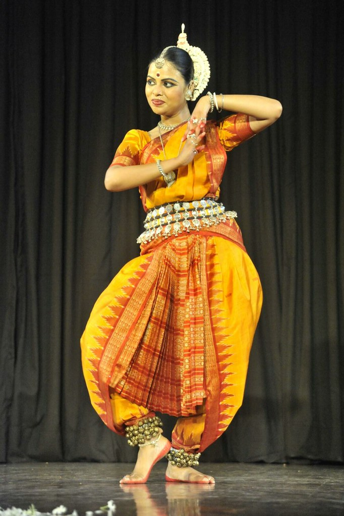 Jhinjhoti Pallavi by Sudha