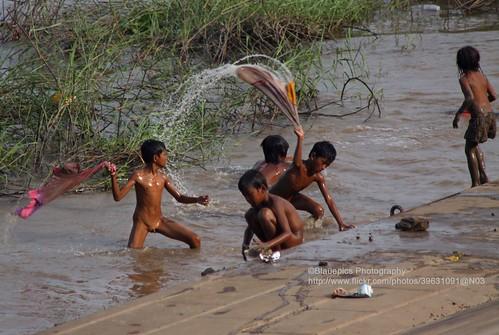 Naked girls bathing in river Indian Girls Bathing In River