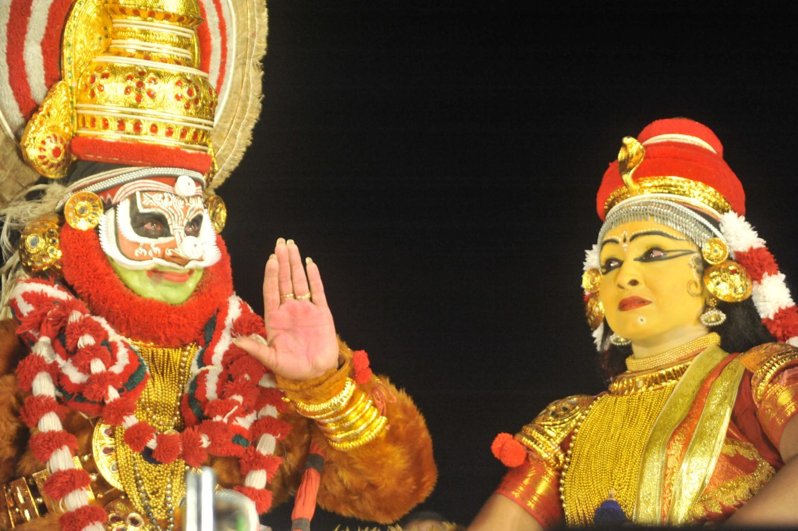 Bali talking about his successes;  Margi Madhu : Koodiyattam - Bali Vadham