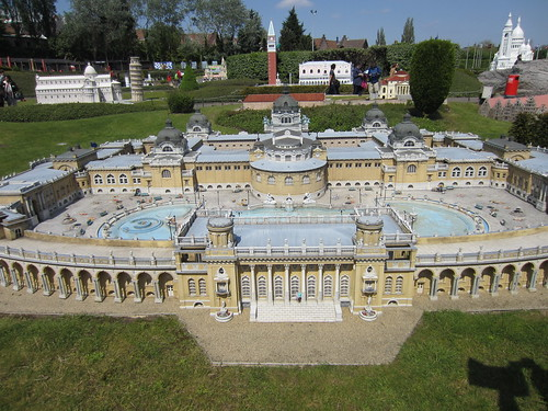mini szechenyi baths from budapest