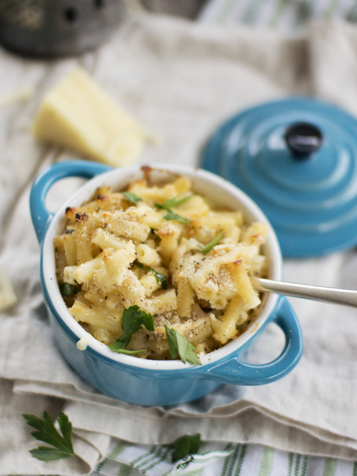 gruyere and fontina mac and cheese
