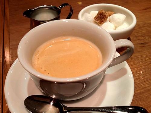 コーヒーも入れたてで美味しい!@Oysterbar&Wine BELON (オイスターバー&ワイン ブロン)