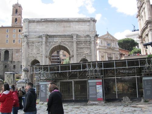 """ROMA ARCHEOLOGIA - Foro Romano - """"L' archaeologia dei luoghi"""" Comitium e Niger Lapis / (S)copri il Comizio."""" (2012). by Martin G. Conde"""