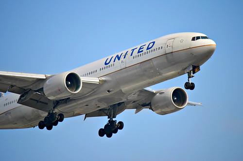 United Airlines   Boeing 777-200ER @ SBGR