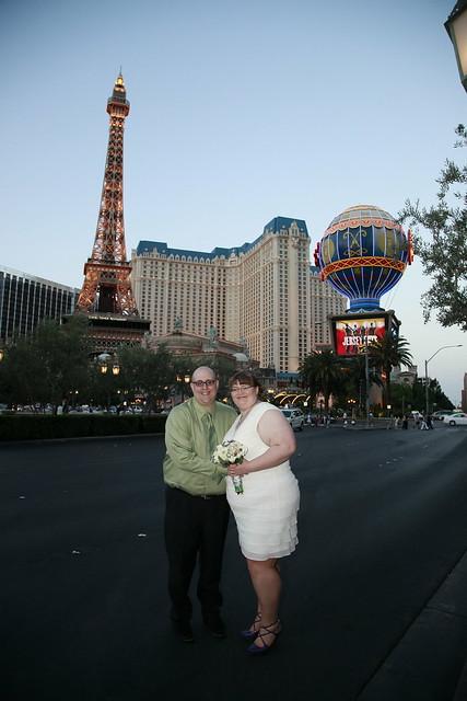 Wedding Photos on the Las Vegas Strip
