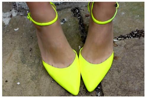 neoncolouredshoes