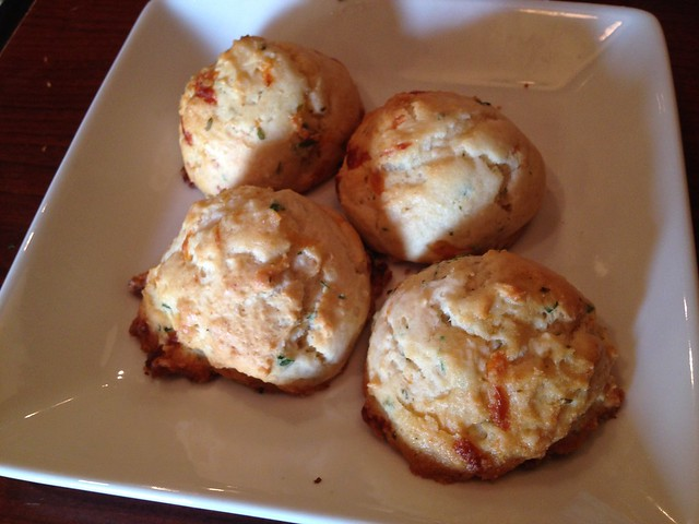Garlic cheese biscuits - Ruby Tuesday