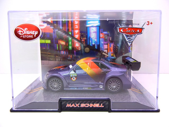 disney store cars 2 max schnell (1)