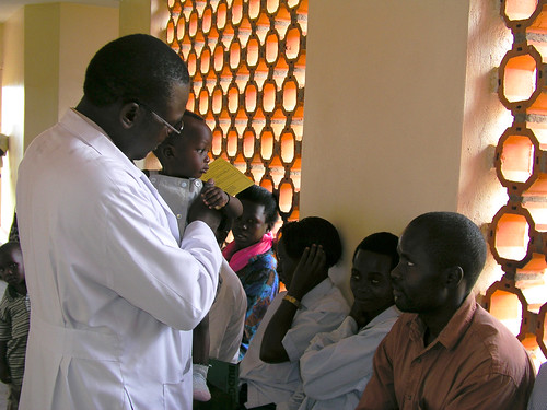 A doctor see patients