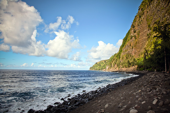 Waipio Valley Black Sand Beach Big Island Hawaii | on our epic cross country roadtrip | 50 states photography challenge