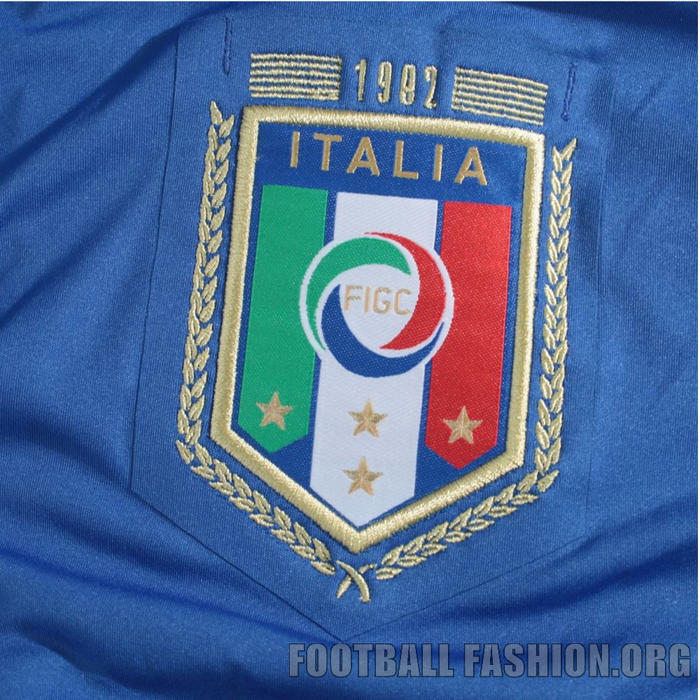 Italy puma 1982 world cup 30th anniversary home jersey for Italian kit