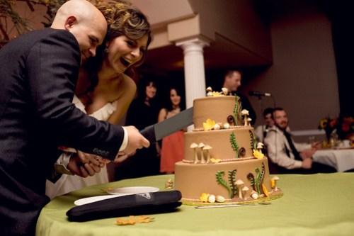 cut the cake with a machete.
