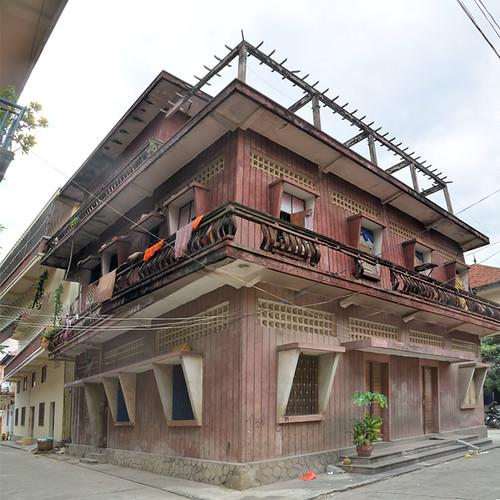 In Wat Ounalom