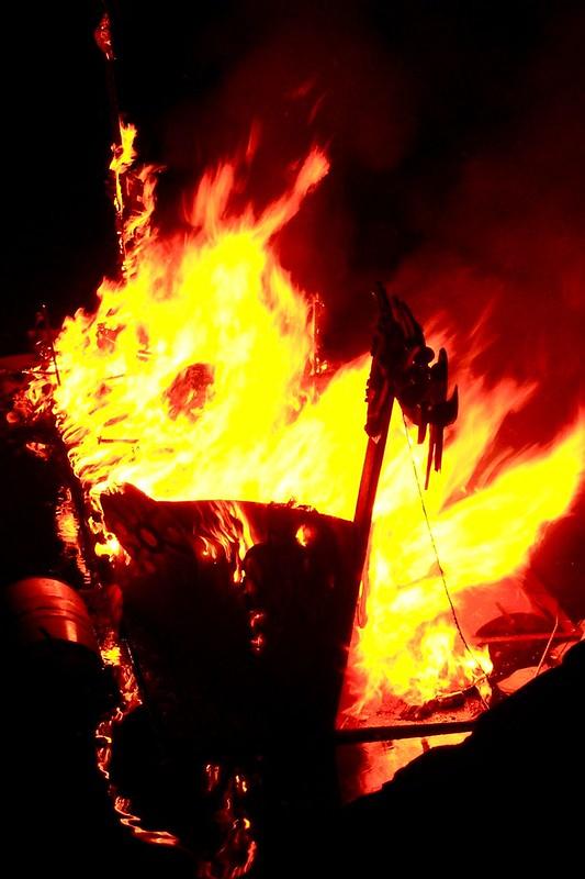 viking funeral 4