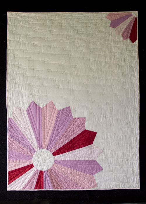 Chrysanthemum Throw Quilt