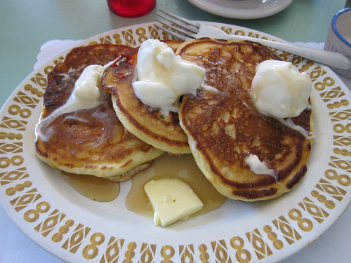 Pancakes a la Mode @ The Red Wagon