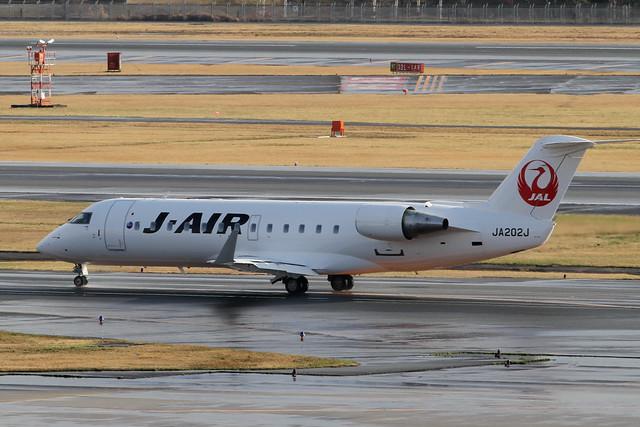 J-AIR CRJ-200ER(JA202J)