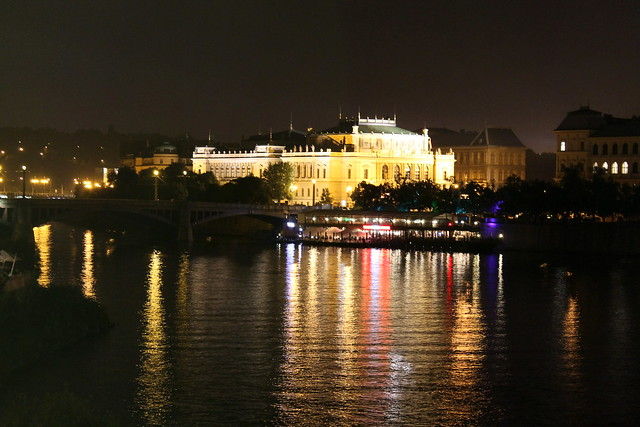 Rudolfinum by night