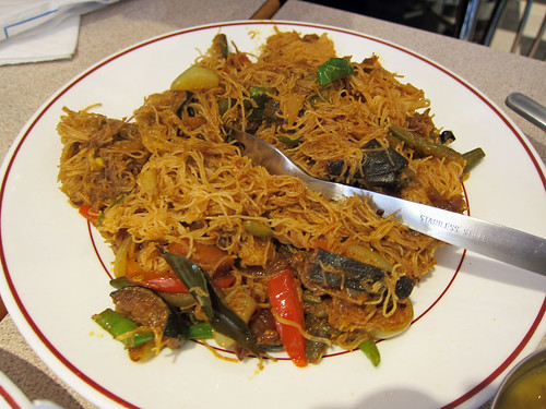 Fried String Hopper with Mixed Vegetables