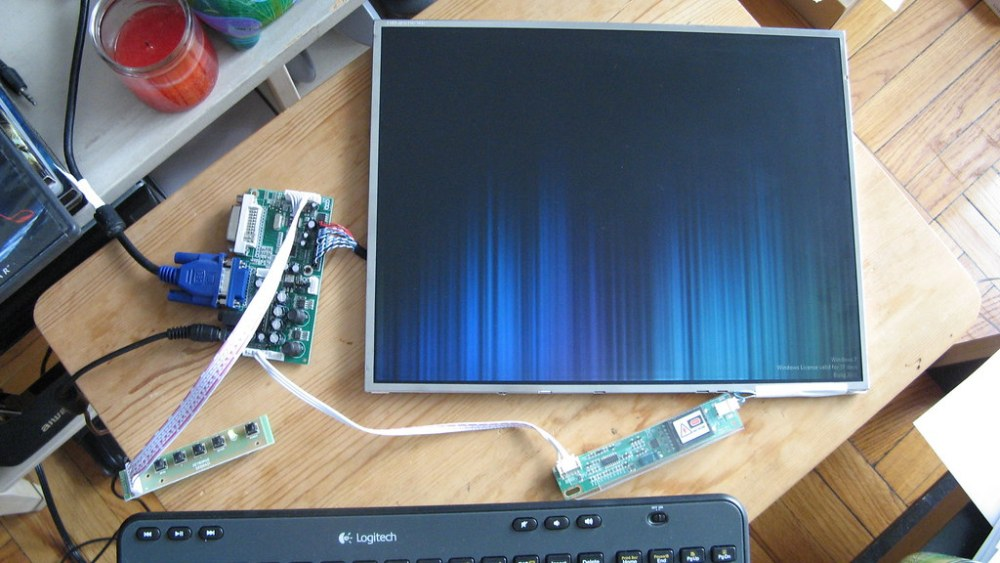 —Update: Repurposing an old laptop LCD screen as a 2nd monitor for Trinity (4/5)