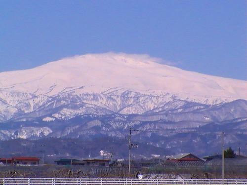 霊峰月山2012/4