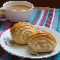 Daring Bakers' Challenge: Armenian Nazook!