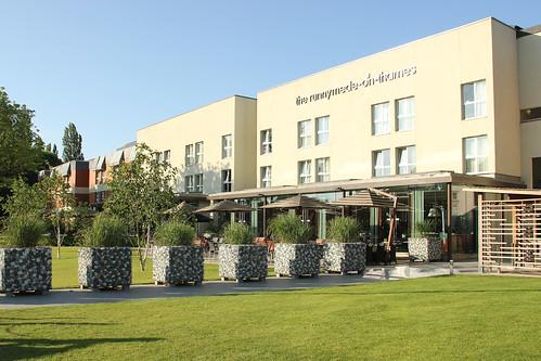 Runnymede-on-Thames Hotel