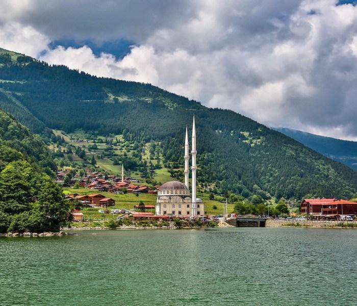 الأماكن السياحية في أوزنجول جمال الطبيعة والخضرة