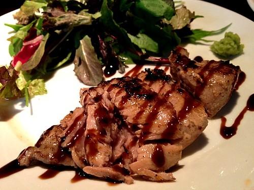 まぐろほほ肉のステーキ380円@カンドクラブバー