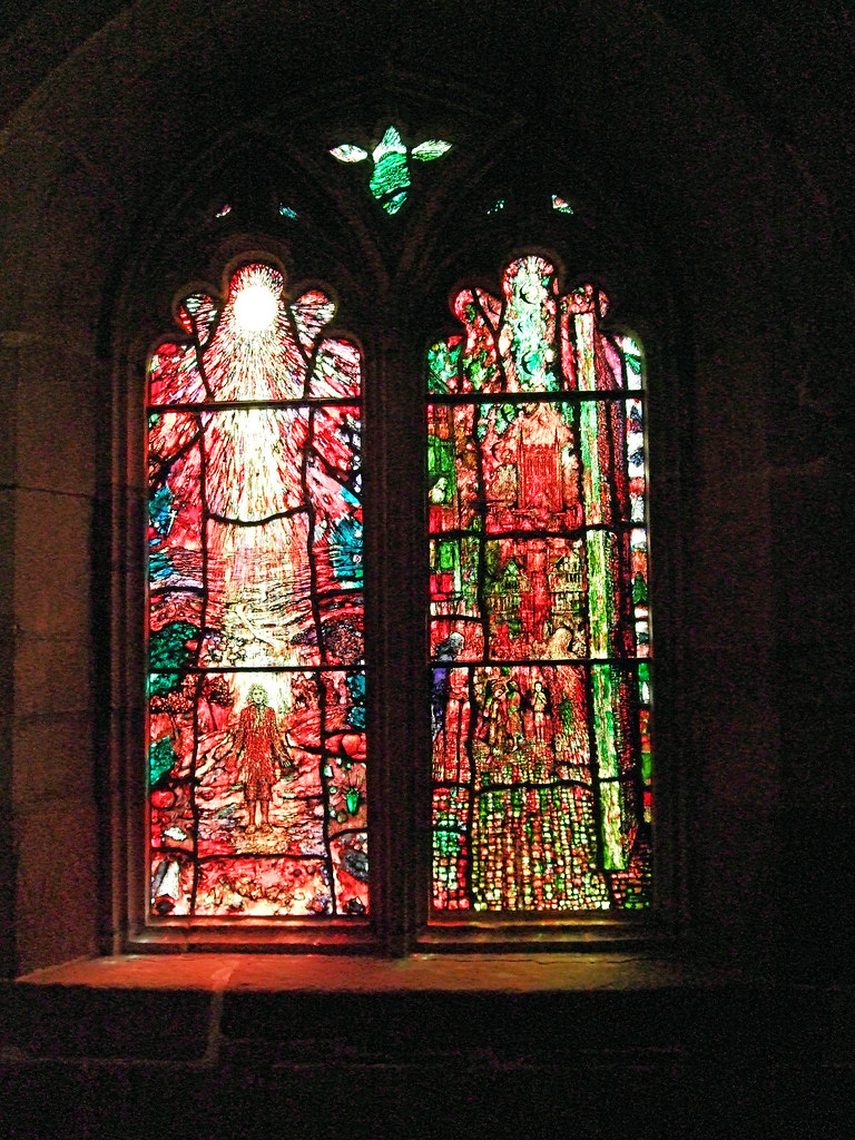 Lights 3 & 4, Stained Glass Created By Tom Denny To Commemorate Thomas Traherne - Hereford Cathedral.  Windows created by Tom Denny to celebrate the life and work of one of Hereford's literary figures, Thomas Traherne (c. 1636-1674).