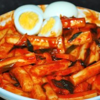 Recipe Of The Day: Tteokbokki, Ddeokbokki, Topokki or Dukbokki