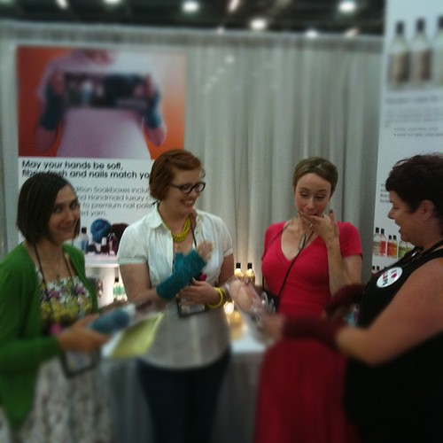 Hanging with @ravelry and @fionaellis at the Soak booth!