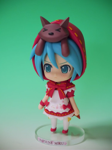Custom Nendoroid Hatsune Miku: Red Riding Hood version