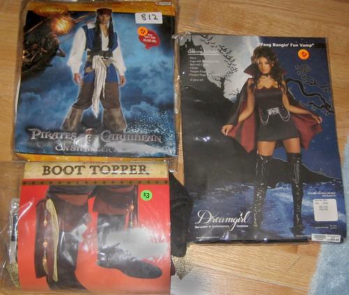 20120616 - yardsale booty - z - costumes - IMG_4392