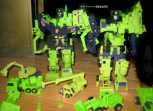 20120616 - yardsale booty - 2 - Transformers - Decepticons - Constructicons - Devastators - IMG_4379