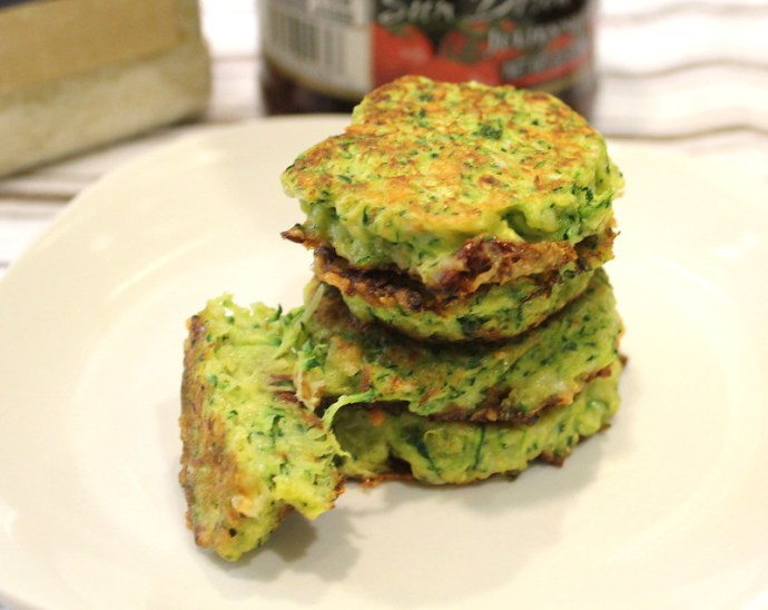 zucchini fritters with sun-dried tomatoes